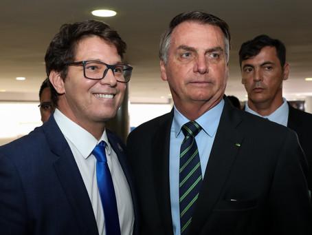 Mário Frias substitui Regina Duarte e é nomeado para a Secretaria de Cultura