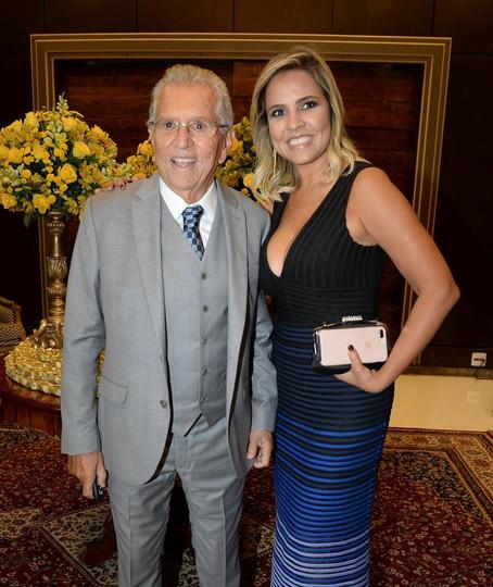 Carlos Alberto de Nóbrega e esposa são internados com coronavírus
