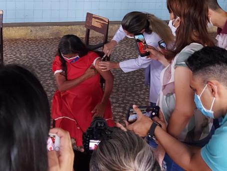 Venezuelanos são vacinados contra a Covid-19 em Mossoró