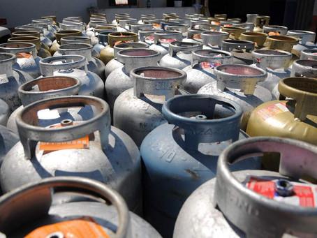 Gás de cozinha volta a subir e chega a R$ 120 no Centro-Oeste, diz ANP