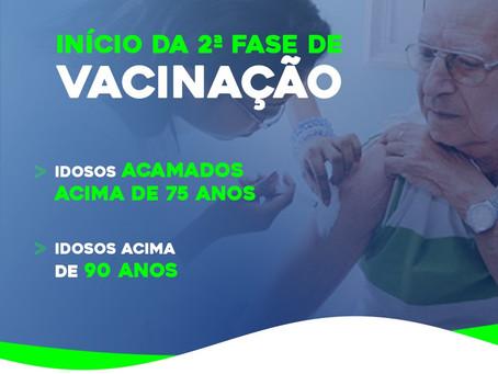 Prefeitura de Caraúbas inicia vacinação contra Covid-19 em idosos acamados
