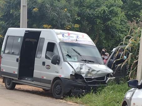 Colisão entre moto e van deixa um jovem morto em São Miguel/RN