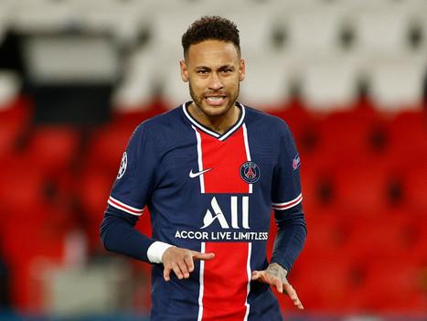 """Neymar é acusado na Justiça de planejar assalto armado: """"assaltado a mando deles"""""""