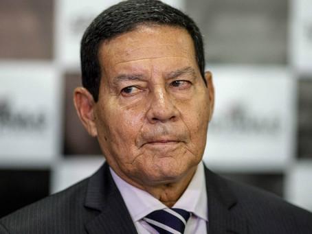 """""""Tudo bandido"""", afirma Mourão sobre mortos em operação no Jacarezinho"""