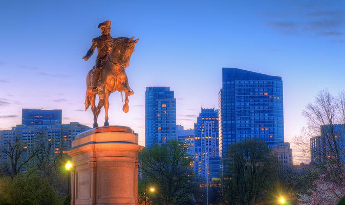 BOSTON-STATUE.jpg