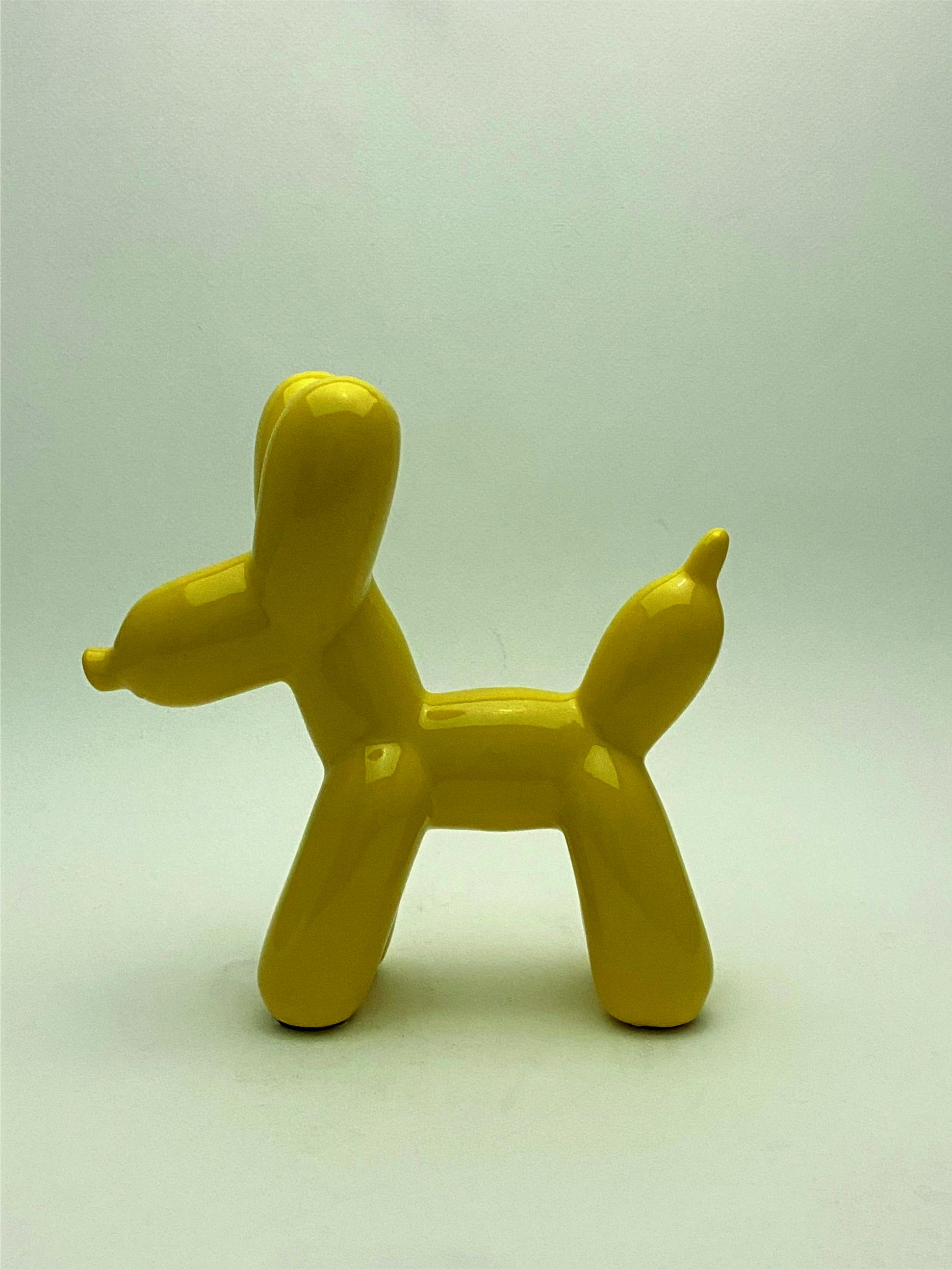 L588_amarillo perfil