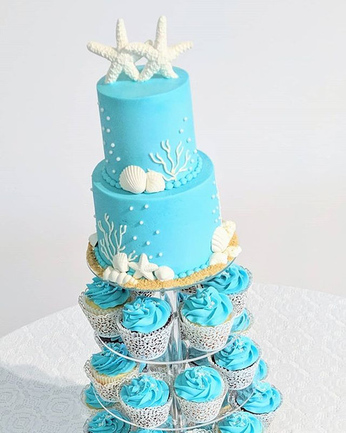 Beach Wedding Cupcake Tower 🌊🌊🌊_#cupc