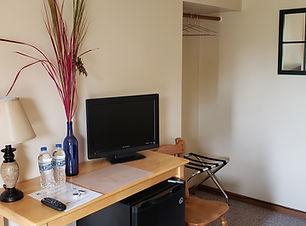 Room 4 TV.jpg