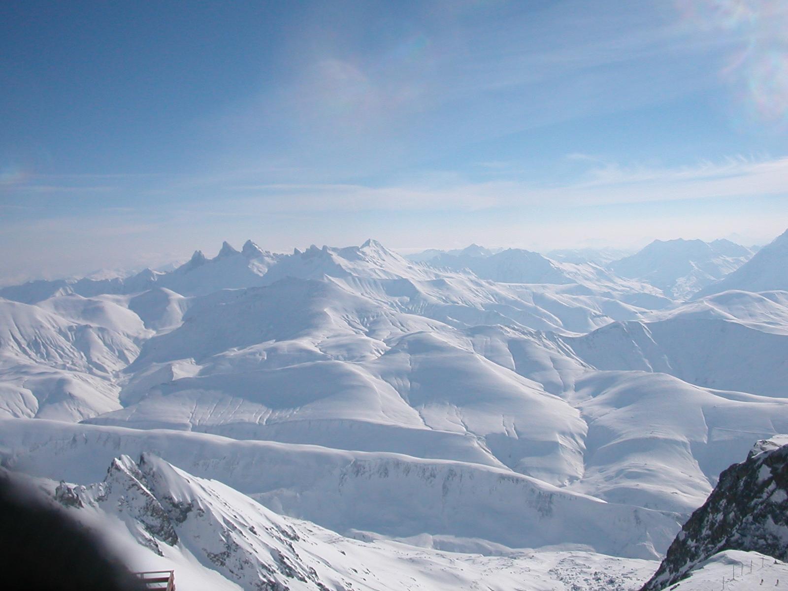 Les Aiguilles Darve vue du Pic Blanc