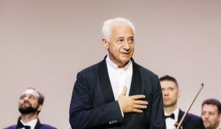 Владимир Спиваков выступал в трюме ''Адмирала Кузнецова'' и в филармонии