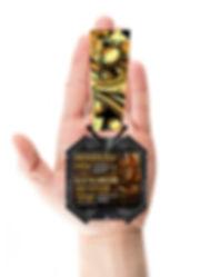 kubok_powerlifting_medal-na ladoni.jpg
