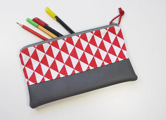 Trousse à triangles rouge
