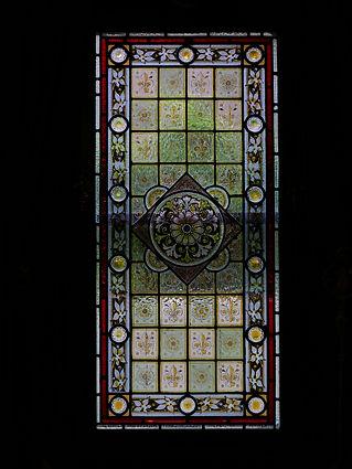ユリと薔薇の紋章ステンドグラス