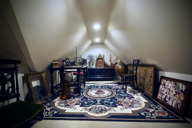 館内の屋根裏部屋