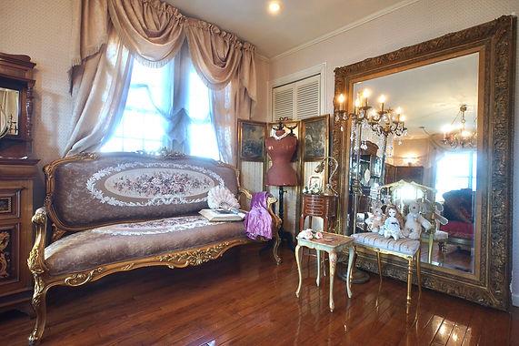 19世紀アール・ヌーヴォービクトリアンスタイルのルーム