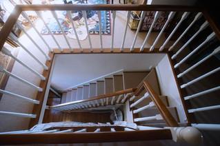 螺旋階段のような階段