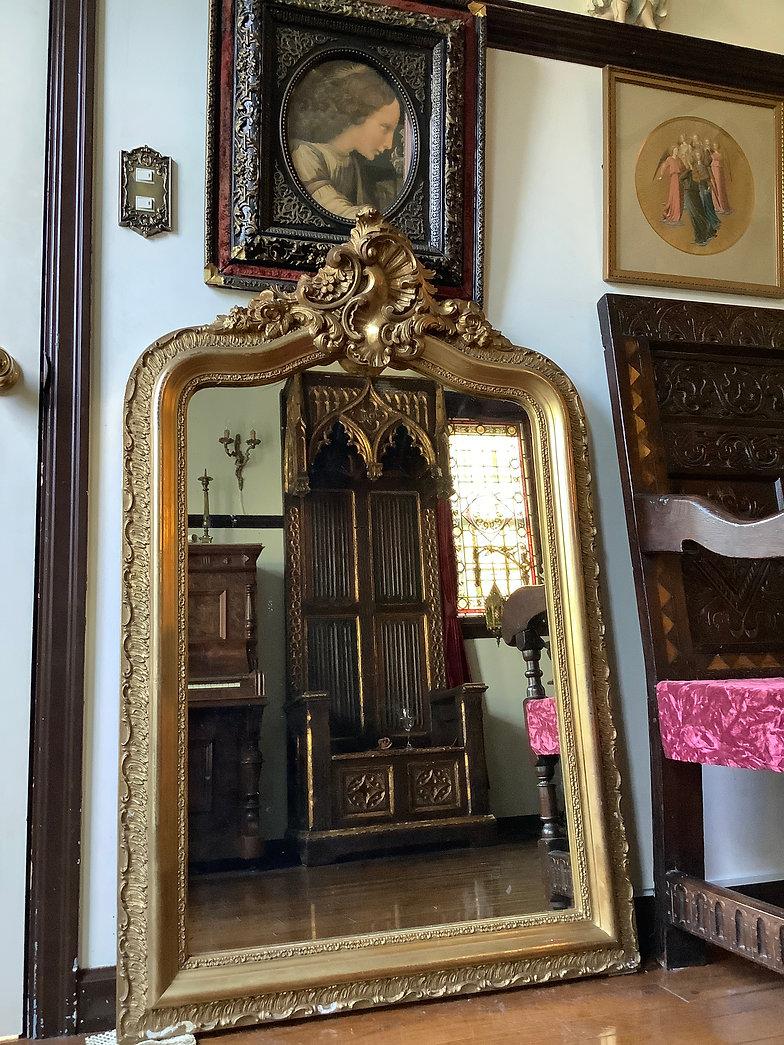 パスティリーヤ技法によるルイ15世様式金彩ミラー