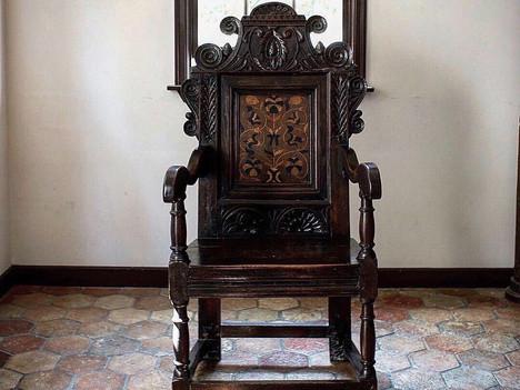 17世紀最初期製イギリス ウェインスコットアームチェア