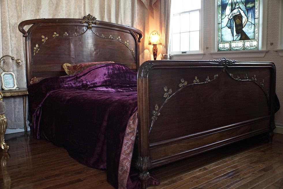 ルイ・マジョレルのベッド