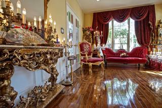 絢爛豪華なバロック金箔貼り家具