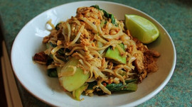Delicious Vegetarian Pad Thai Recipe