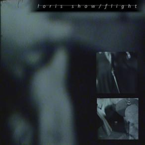 loris - show / flight