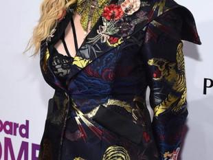 Madonna hoy pasa sus 6 décadas y continúa siendo invencible