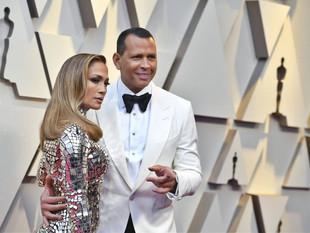 Una conejita de Playboy afirma que Álex Rodríguez le es infiel a Jennifer López