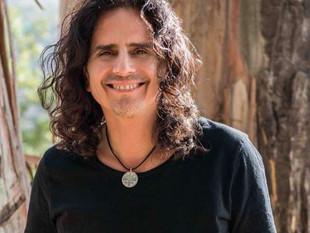 Pablo Herrera tiene un álbum de duetos