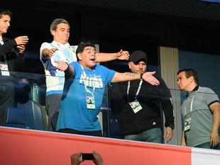 """Maradona está """"bien"""" tras recibir atención médica en Mundial"""