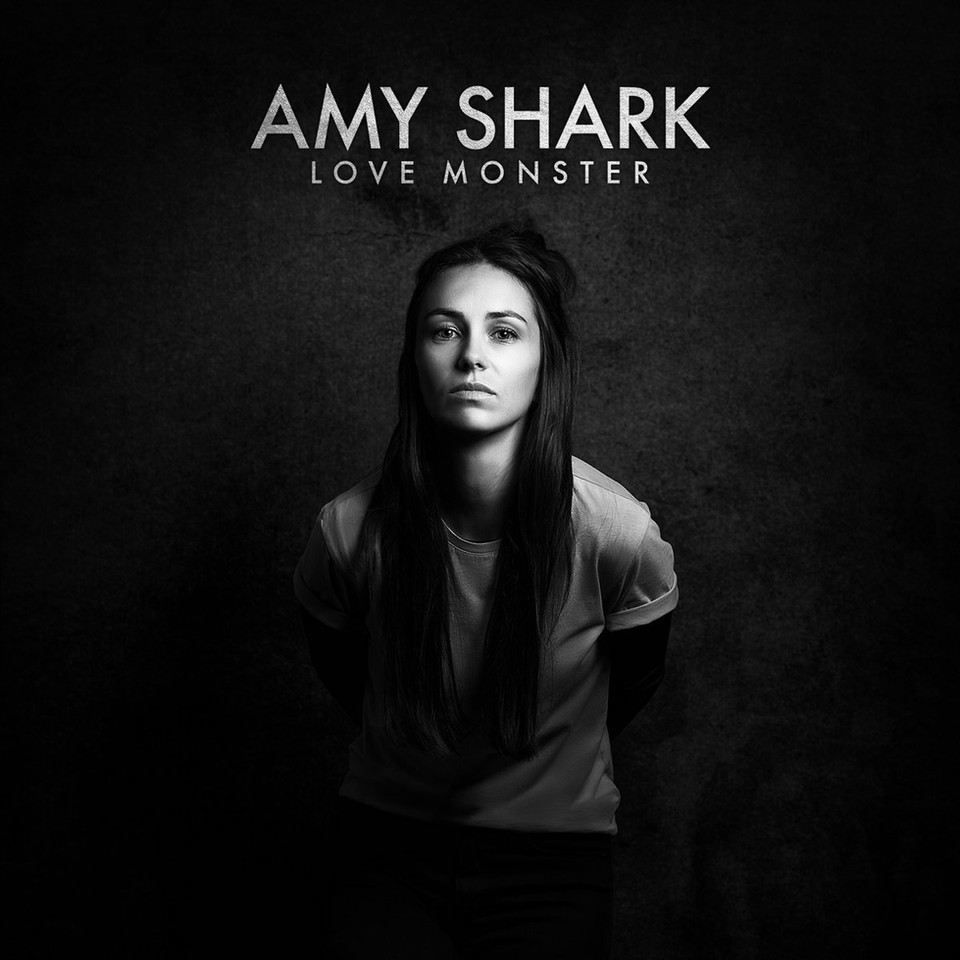 amy shark LOVE MONSTER (2018)