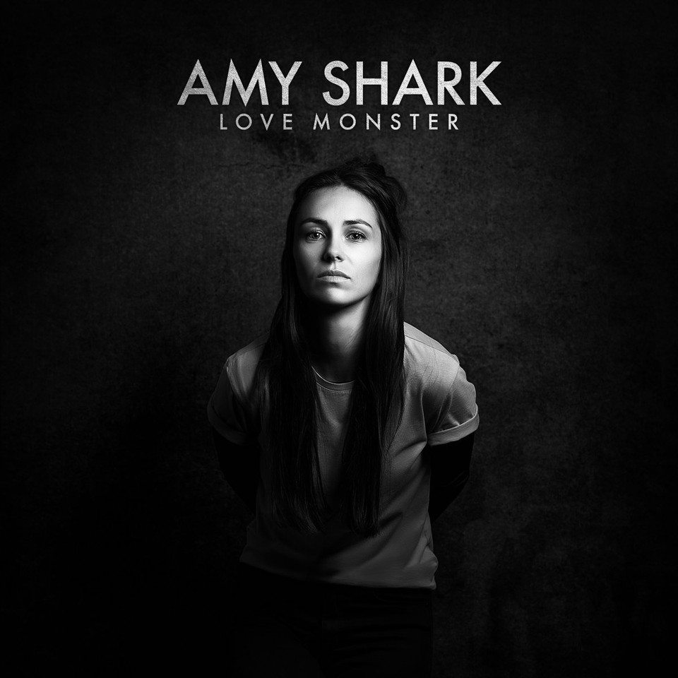 amy shark LOVE MONSTER (2018)