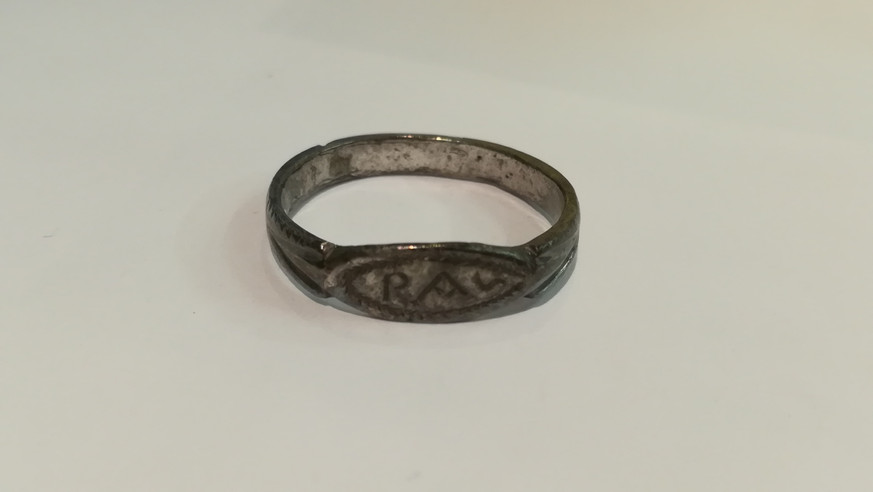 Silver ring with R.A.S inscription (?)