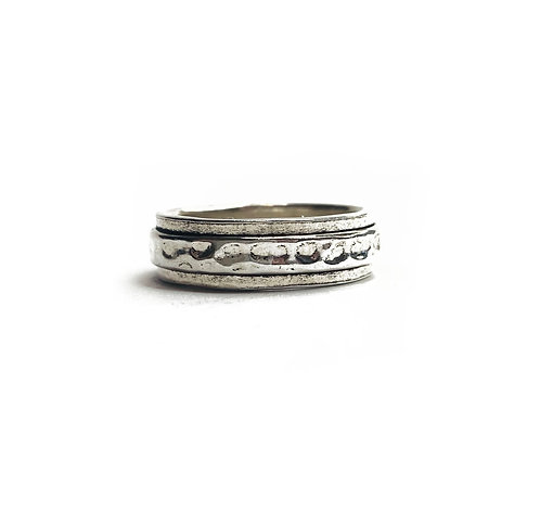 Sterling Silver 925 Antique Finish Hammered Spinning Ring