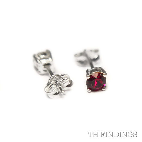 Sterling Silver 925 4mm Round Ruby Cubic Zirconia Earstuds