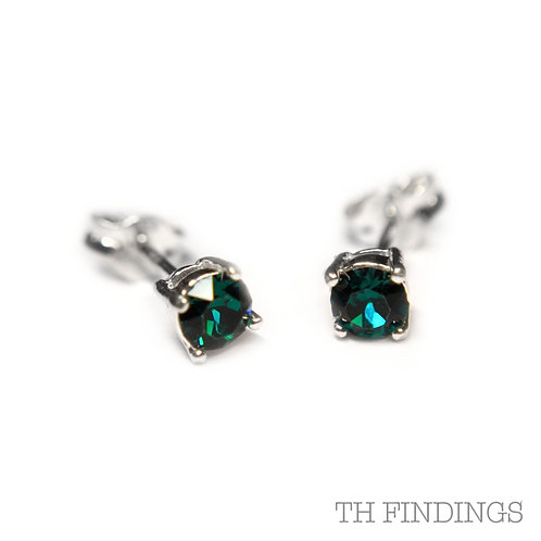 Sterling Silver 925 4mm Round Emerald Cubic Zirconia Earstuds