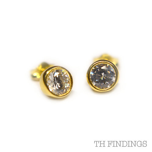 Sterling Silver 925 Gold Plated Cubic Zirconia Earstuds