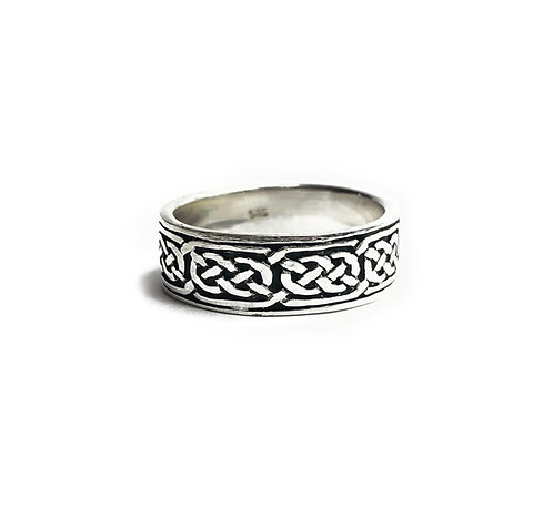 Sterling Silver 925 Celtic Knot Traditional Ring Band