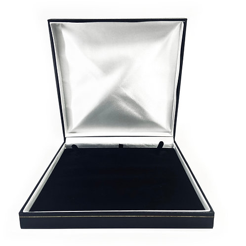 Black Milano Collarette Gift Box