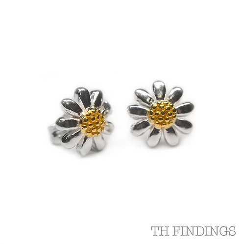 Sterling Silver 925 Gold Plated Daisy Earstuds