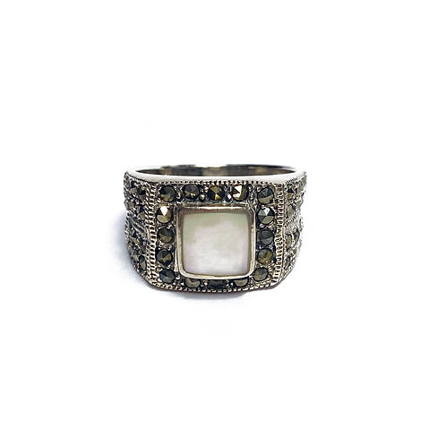 Sterling Silver 925 Antique Finish Mother Of Pearl Ring