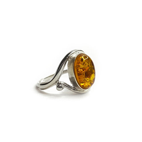 Sterling Silver 925 Oval Amber Stone Ring