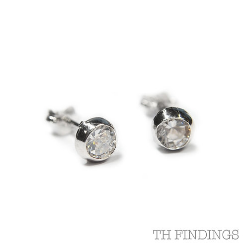 Sterling Silver 925 Rhodium Plated Cubic Zirconia Earstuds
