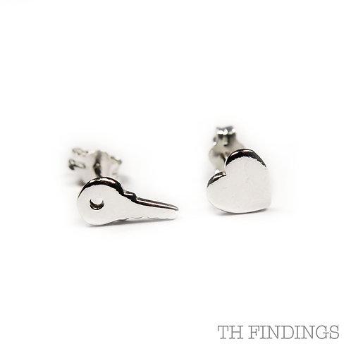 Sterling Silver 925 Key to my Heart Earstuds