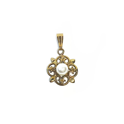 9ct Gold Pearl Pendant