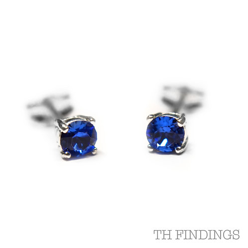 Sterling Silver 925 4mm Round Sapphire Cubic Zirconia Earstuds