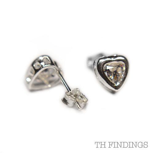 Sterling Silver 925 Cubic Zirconia Heart Earstuds