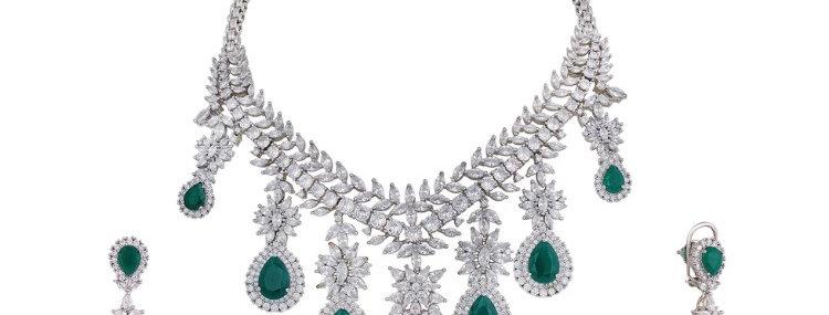 Evangeline Necklace Set
