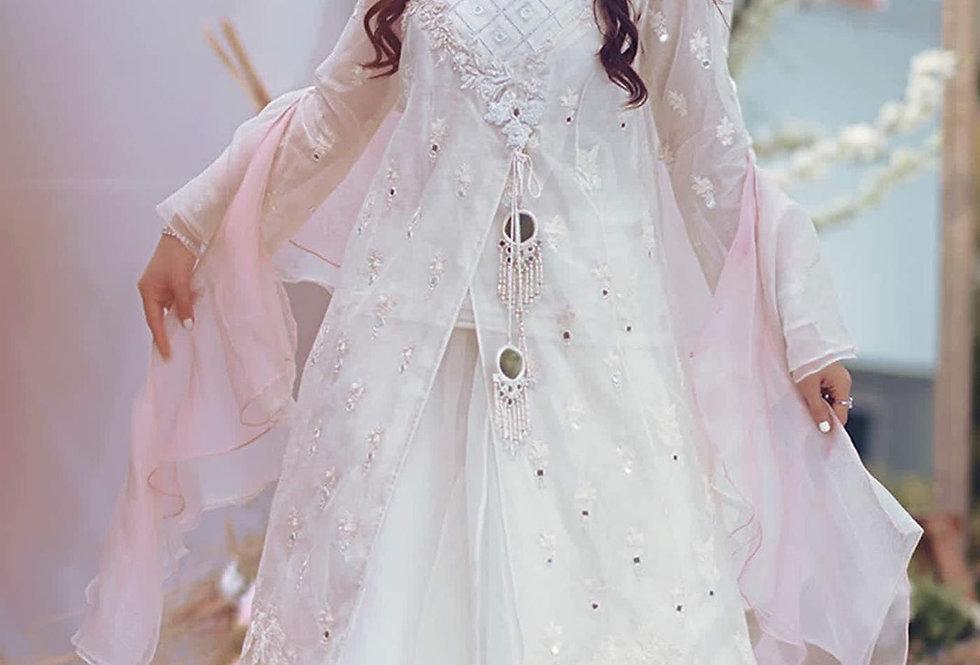 Nisa Angrakha - Zainab Salman