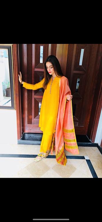 Faiza Saqlain - Mari Gold